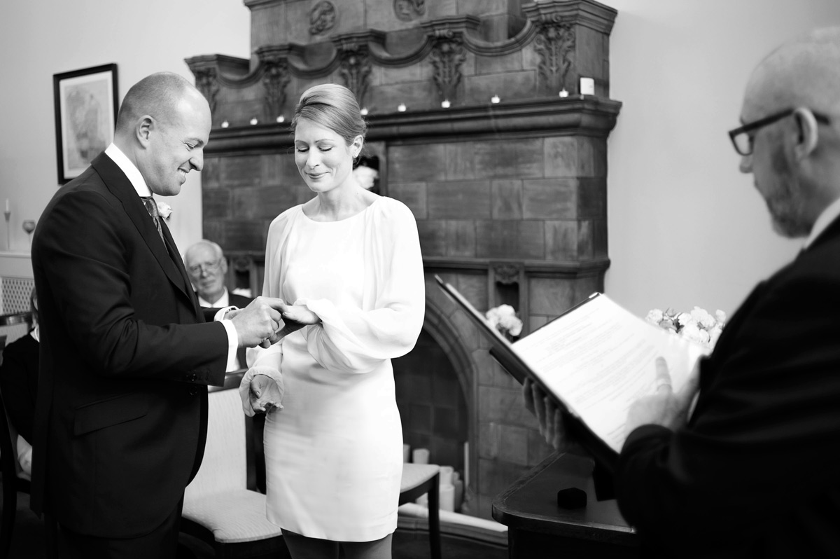 A Mayfair Library wedding ceremony in the Marylebone Room, Westminster