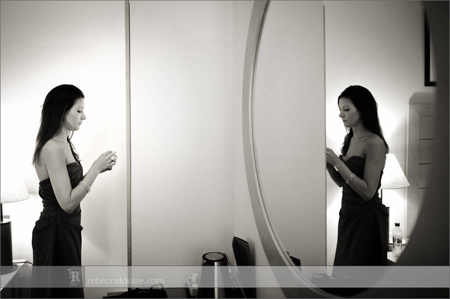 Devonport House wedding preparations - a bridesmaid finishes getting ready